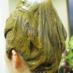 ハナヘナで褪色したヘアカラーを暗くする方法 ①